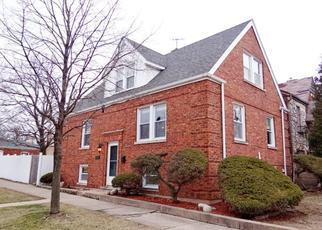 Pre Foreclosure in Berwyn 60402 MAPLE AVE - Property ID: 1516304235