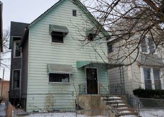 Pre Foreclosure in Chicago 60621 S PERRY AVE - Property ID: 1516340144