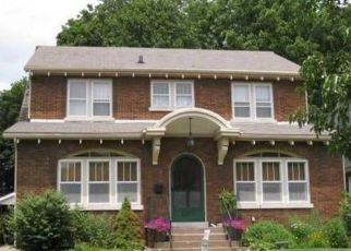 Pre Foreclosure in Quincy 62301 SPRING ST - Property ID: 1516352418