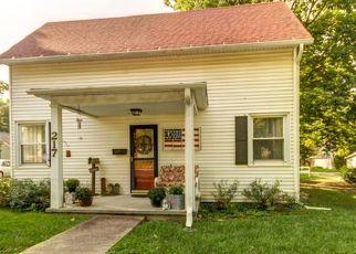 Pre Foreclosure in Monticello 61856 E MARION ST - Property ID: 1516377827