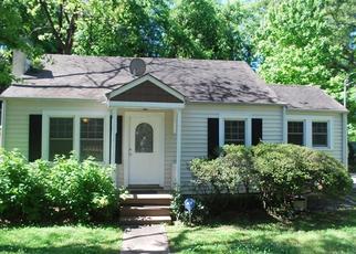 Pre Foreclosure in Atlanta 30318 DEFOOR AVE NW - Property ID: 1516477684