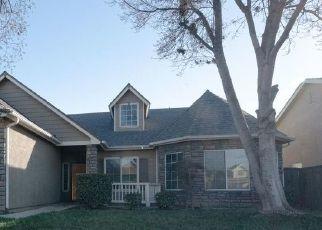 Pre Foreclosure in Fresno 93727 E LANE AVE - Property ID: 1516485118