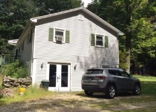 Pre Foreclosure in New Hartford 06057 CARLSON DR - Property ID: 1516627911
