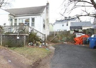 Pre Foreclosure in Levittown 19056 NEWPORTVILLE RD - Property ID: 1516993615