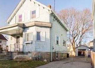 Pre Foreclosure in Fall River 02721 ANTHONY ST - Property ID: 1517007181