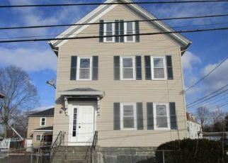Pre Foreclosure in Taunton 02780 KILMER AVE - Property ID: 1517012895