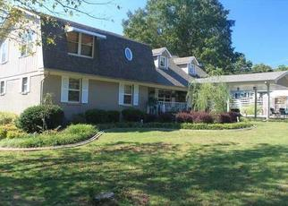 Pre Foreclosure in Russellville 35653 DUNCAN CREEK RD - Property ID: 1517183700