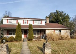 Pre Foreclosure in York 17402 DAYLIGHT DR - Property ID: 1517277868