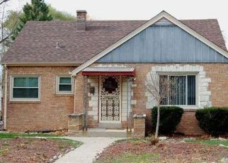 Pre Foreclosure in Milwaukee 53216 N 64TH ST - Property ID: 1517388669