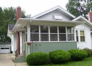 Pre Foreclosure in Janesville 53545 BENTON AVE - Property ID: 1517443860