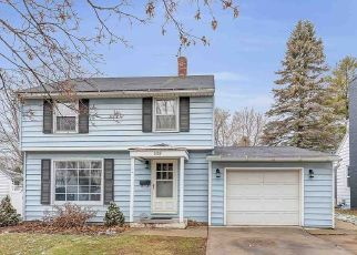 Pre Foreclosure in Green Bay 54303 REED ST - Property ID: 1517465754