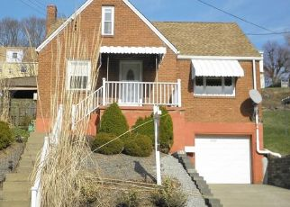 Pre Foreclosure in Pittsburgh 15207 GLENHURST RD - Property ID: 1517839336
