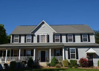 Pre Foreclosure in Bumpass 23024 VALENTINE DR - Property ID: 1517845922