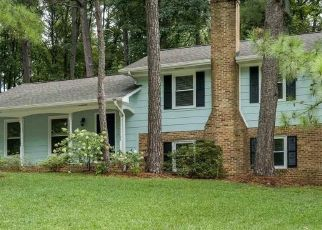 Pre Foreclosure in Cary 27511 POND ST - Property ID: 1518099496