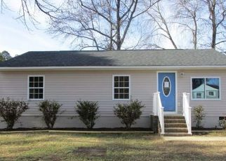 Pre Foreclosure in Petersburg 23803 GLENLIVET CT - Property ID: 1518184912