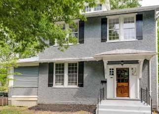 Pre Foreclosure in Richmond 23222 3RD AVE - Property ID: 1518191470