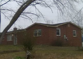 Pre Foreclosure in Hague 22469 COPLE HWY - Property ID: 1518229577
