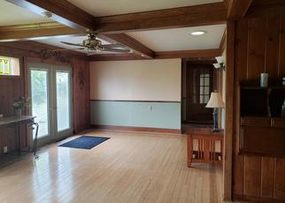 Pre Foreclosure in Greenwich 12834 CHEESE FACTORY RD - Property ID: 1518306210