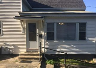 Pre Foreclosure in Fitchburg 01420 PACIFIC ST - Property ID: 1518313221