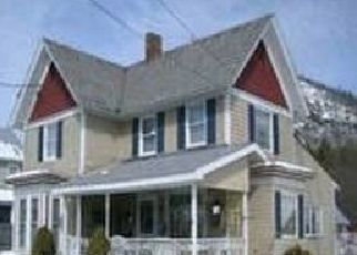 Pre Foreclosure in Warrensburg 12885 KING ST - Property ID: 1518316743