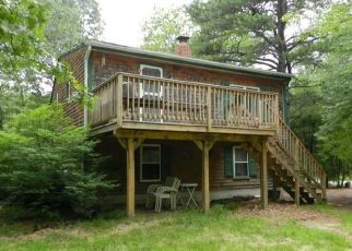 Pre Foreclosure in Kennebunk 04043 MIDDLE RD - Property ID: 1518406514