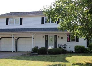 Pre Foreclosure in Newburgh 47630 SPRUCE DR - Property ID: 1518469590