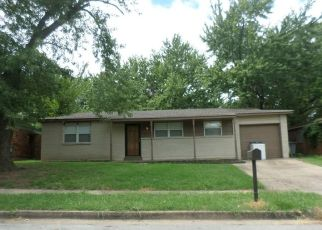 Pre Foreclosure in Tulsa 74129 S 127TH EAST AVE - Property ID: 1518564625