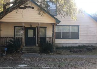 Pre Foreclosure in Wimberley 78676 SHADY BLUFF DR - Property ID: 1518649595