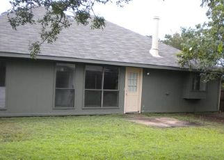 Pre Foreclosure in Fort Worth 76123 POPLAR SPRING RD - Property ID: 1518669295