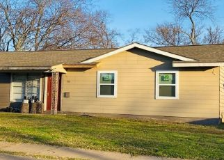 Pre Foreclosure in Euless 76039 HIMES DR - Property ID: 1518722288