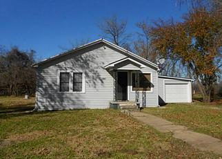 Pre Foreclosure in Corsicana 75110 N SPIKES RD - Property ID: 1518753386