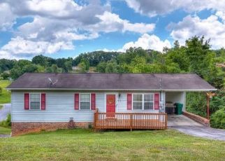 Pre Foreclosure in Kingsport 37663 WINDSOR FOREST DR - Property ID: 1518779673