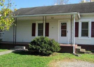 Pre Foreclosure in Elizabethton 37643 BLUEFIELD AVE - Property ID: 1518792367