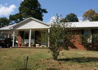 Pre Foreclosure in Lexington 38351 DODD ST - Property ID: 1518801571