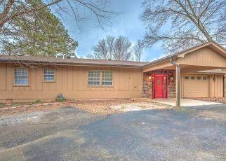 Pre Foreclosure in La Follette 37766 WOOD POINTE LN - Property ID: 1518832668