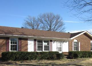 Pre Foreclosure in Clarksville 37042 JAMES DR - Property ID: 1518867707