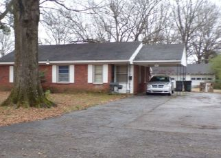 Pre Foreclosure in Memphis 38116 LOCHINVAR RD - Property ID: 1518884343