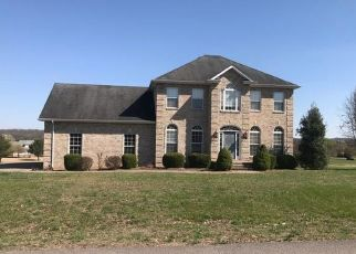 Pre Foreclosure in Shelbyville 37160 MAUPIN CIR - Property ID: 1518914120