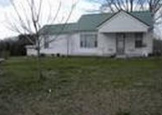 Pre Foreclosure in Dickson 37055 HIGHWAY 48 S - Property ID: 1518957487