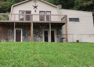 Pre Foreclosure in Kingsport 37660 DEXTER RD - Property ID: 1518971956