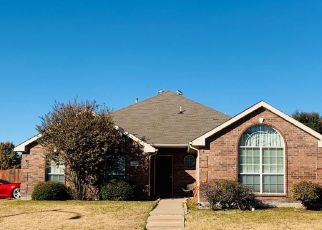 Pre Foreclosure in Fort Worth 76123 PINE GROVE LN - Property ID: 1518984645