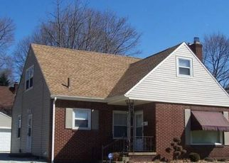 Pre Foreclosure in Akron 44320 S HAWKINS AVE - Property ID: 1519024947