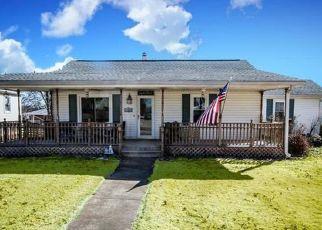Pre Foreclosure in Belleville 62221 MUREN BLVD - Property ID: 1519631983