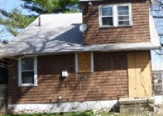 Pre Foreclosure in Peoria 61604 W MACQUEEN AVE - Property ID: 1520303827