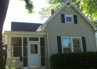 Pre Foreclosure in Peoria 61606 N BOURLAND AVE - Property ID: 1520548650