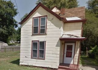 Pre Foreclosure in Peoria 61605 W HOWETT ST - Property ID: 1520559149