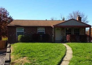 Pre Foreclosure in Coraopolis 15108 MAGNUS LN - Property ID: 1520630553