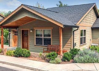 Pre Foreclosure in Ashland 97520 BEACH ST - Property ID: 1520838140