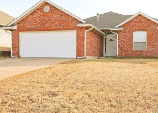 Pre Foreclosure in Oklahoma City 73130 VILLAGE AVE - Property ID: 1520972609