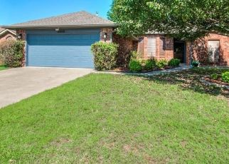 Pre Foreclosure in Oklahoma City 73135 WOODBEND DR - Property ID: 1520981811